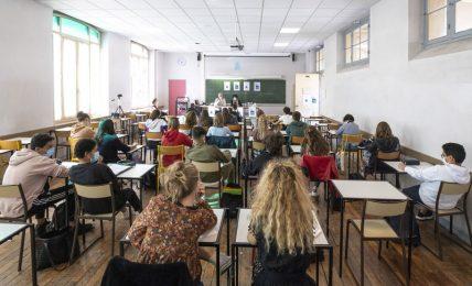 sabato-e-domenica-italia-in-zona-arancione.-le-scuole-superioririaprono-l'11-gennaio