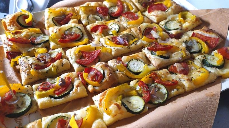 """sfogliatine-""""cinque-colori"""",-saporite-e-profumate,-per-un-allegro-antipasto-vegetariano:-i-trucchi-per-un-risultato-strepitoso"""