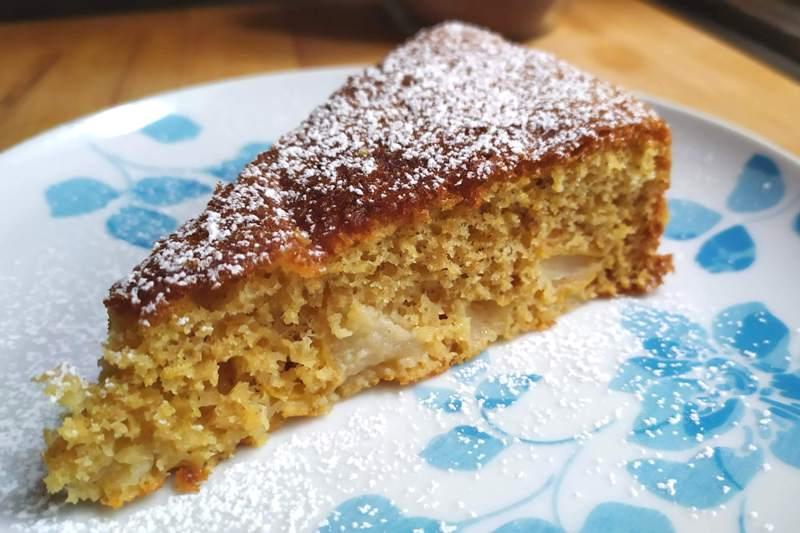 torta-semintegrale-di-pere,-leggera,-soffice,-light-e-salutare,-per-non-rinunciare-ai-buoni-sapori