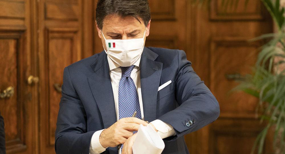 il-consiglio-dei-ministri-approva-il-recovery-plan-con-l'astensione-delle-ministre-di-italia-viva
