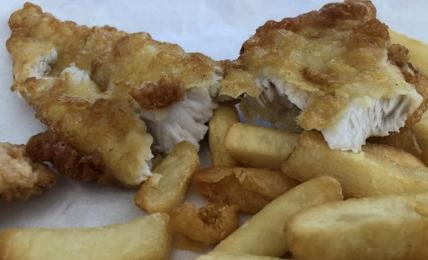 fish&chips-di-chef-rubio:-come-ottenere-filetti-di-pesce-croccanti-e-saporitissimi-con-pochi-ingredienti