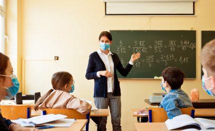 monitoraggio-covid-nelle-scuole:-ecco-come-si-e-ridotta-la-curva-dei-contagi-dopo-lo-stop-in-aula