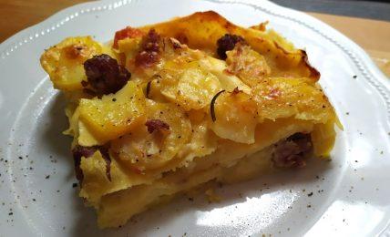 lasagne-morbide-salsiccia-e-patate,-un-cucchiaio-di-cremosa-bonta-tira-l'altro