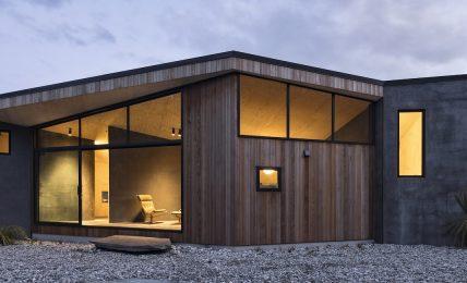 nuova-zelanda:-una-casa-tra-roccia-e-cielo