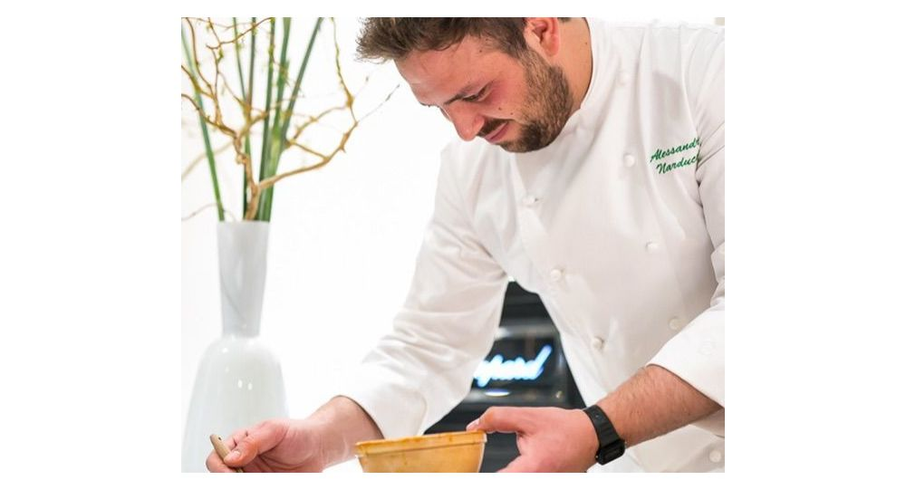 il-pollock-della-cucina-italiana-si-studia-a-scuola.-i-piatti-dello-chef-narducci-come-quadri