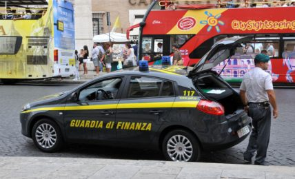 maxi-operazione-anti-casalesi-della-gdf-in-5-regioni:-34-arresti