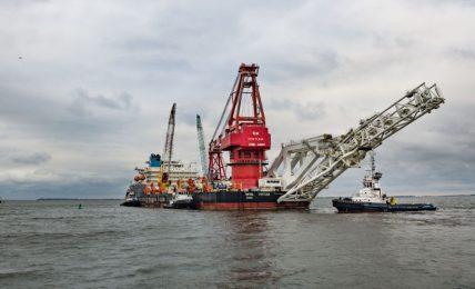"""nave-posa-tubi-""""fortuna""""-riprende-i-lavori-di-costruzione-del-gasdotto-nord-stream-2"""
