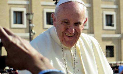 il-vaticanista:-la-sacra-scrittura,-la-shoah,-tommaso-d'aquino-e-le-scuole-cattoliche.-un-mercoledi-ricco-per-il-papa