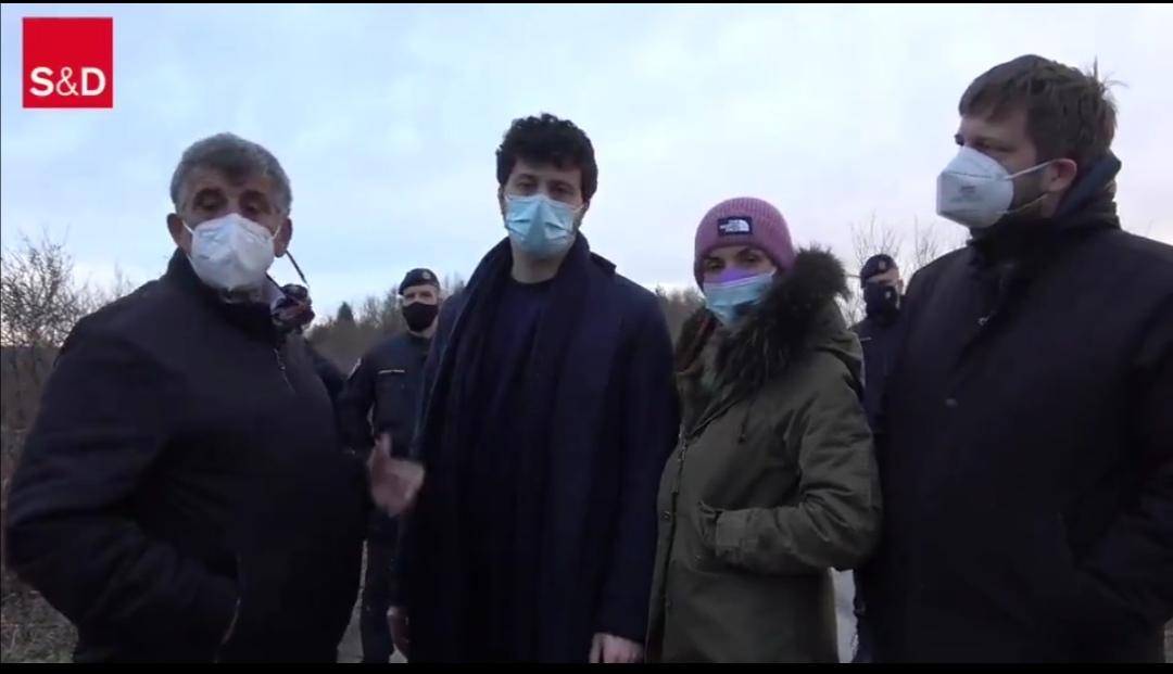 [video]-bloccati-al-confine-con-la-bosnia-gli-eurodeputati-pd-in-missione
