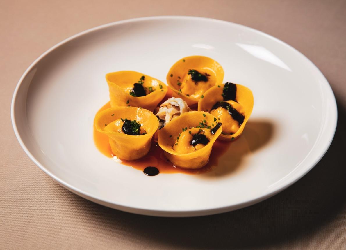 la-ricetta-della-settimana:-i-ravioli-di-granchio-reale-di-armani-ristorante
