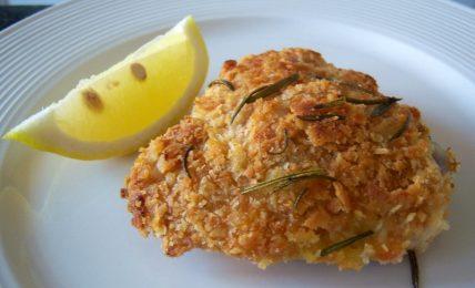 sovracosce-di-pollo-in-crosta-di-pane,-la-variante-al-pan-grattato-per-una-crosta-super-croccante-anche-al-forno-da-provare-per-cena