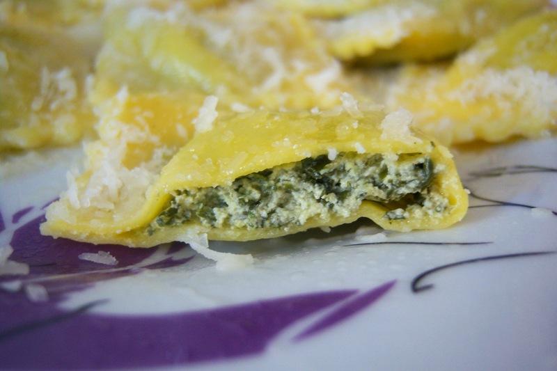 tortelli-di-erbetta-e-parmigiano,-gustosi-e-leggeri:-la-pasta-fresca-piu-semplice-da-fare-senza-macchinari-e-ricca-di-sapore