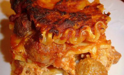 """lasagna-napoletana-di-cannavacciulo:-""""il-mio-segreto?-e-nelle-polpettine.-ecco-come-le-preparo"""""""