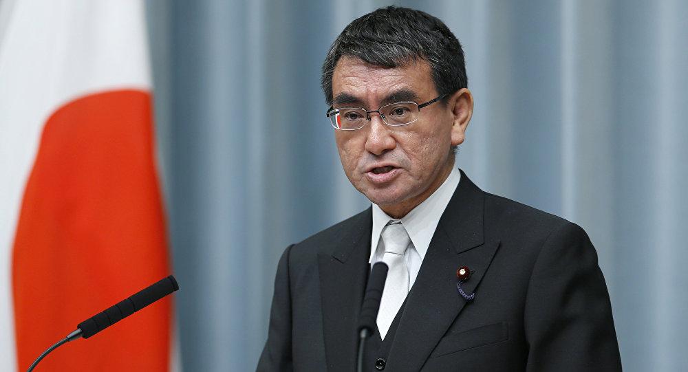 ministro-giapponese-sfida-ministro-indiano-a-chi-avra-piu-follower-su-twitter