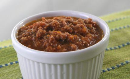 ragu-di-carne-mista:-profumato,-scuro-e-saporito,-per-il-vostro-pranzo-di-carnevale.-ecco-come-prepararlo-da-vera-tradizione