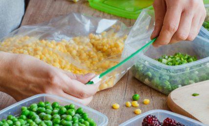 conservazione-degli-alimenti:-quali-materiali-e-contenitori-sono-piu-indicati?