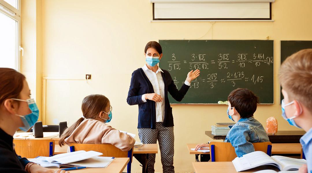 scuole-chiuse,-l'appello-della-commissione-e-della-consigliera-alle-pari-opportunita-della-provincia-di-taranto-al-governatore-emiliano
