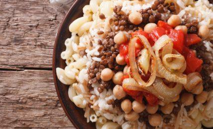 koshari:-come-preparare-il-famoso-(e-sostanzioso)-street-food-egiziano