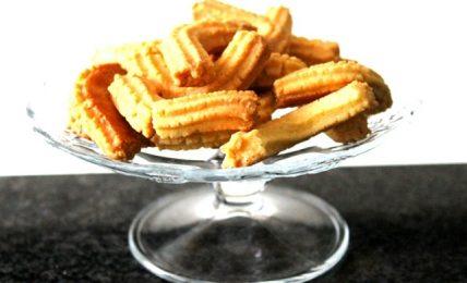 krumiri-di-casale,-i-famosi-biscotti-a-forma-di-baffi:-ecco-l'ingrediente-segreto-per-una-consistenza-croccante-e-rustica-come-gli-originali.
