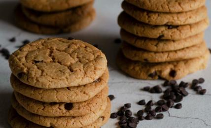cookies-al-cioccolato-super-leggeri:-il-trucco-per-farli-senza-uova-ne-burro