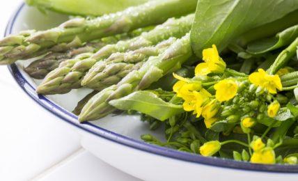 frutta-e-verdura-di-stagione-a-marzo:-proprieta-e-usi-in-cucina