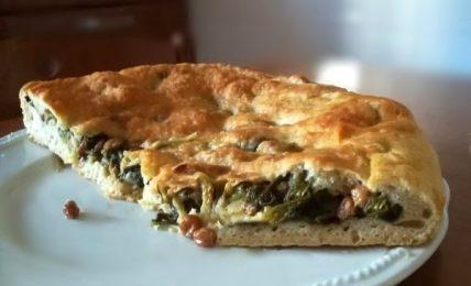 pizza-di-scarola:-la-famosa-pizza-napoletana,-perfetta-per-tutte-le-occasioni