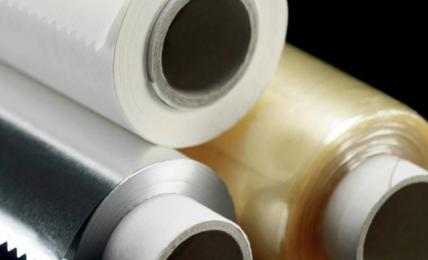 pellicole-trasparenti-vs-carta-alluminio:-quando-usare-una-e-quando-l'altra-per-evitare-gravi-danni-alla-salute.-l'allarme