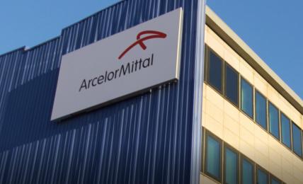 """lavoratore-arcelor-mittal-licenziato,-il-ministro-orlando:-""""scrivero-all'azienda-per-chiedere-spiegazioni"""""""