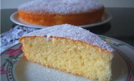la-torta-mantovana-della-nonna:-il-dolce-soffice-e-profumato