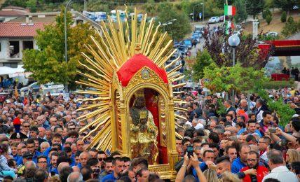 leggere-l'antropologia:-il-culto-mariano-in-italia:-la-madonna-nera