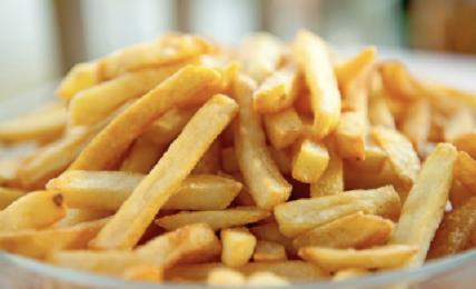 patate-al-forno-come-fossero-fritte:-svelato-il-trucco-per-farle-venire-perfette-e-buonissimi-azzerando-le-calorie.-ecco-qual-e