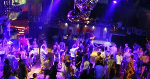 """locali-da-ballo,-l'amministratore-della-discoteca-""""praja""""-di-gallipoli-contrario-all'uso-di-mascherine-e-distanziamento-all'aperto"""