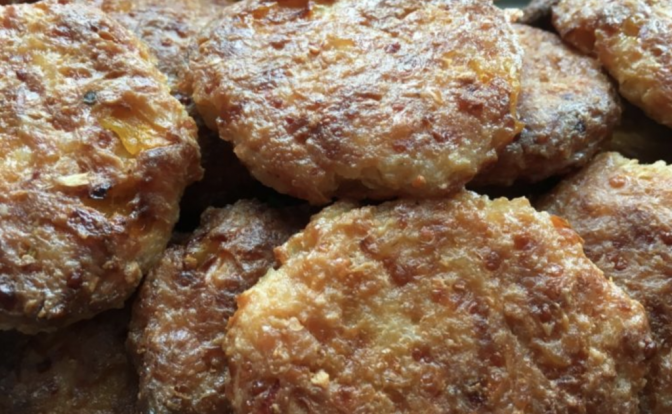 polpette-di-patate-e-zucchine-al-forno:-la-ricetta-light,-buonissima,-che-si-prepara-in-pochi-minuti