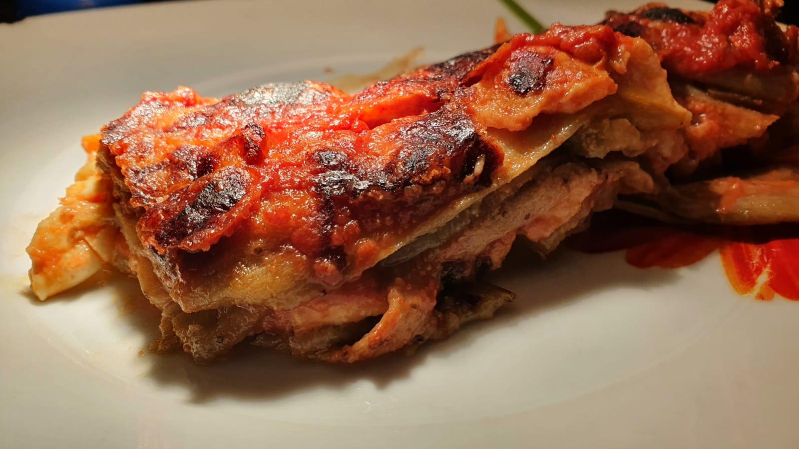 """la-parmigiana-di-cannavacciuolo,-lo-chef-rivela-il-trucco-per-le-melanzane-perfette:-""""ecco-cosa-faccio-prima-di-friggerle"""""""