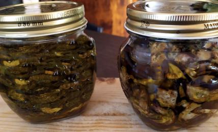 melanzane-e-zucchine-grigliate-sott'olio:-i-sapori-d'estate-per-la-conserva-in-vasetto-da-gustare-in-inverno