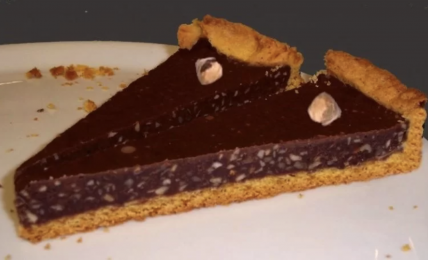 crostata-bacio:-il-dolce-ripieno-come-i-famosi-cioccolatini:-una-golosita-irresistibile