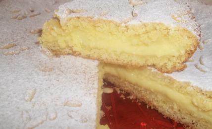 torta-nonna-papera,-la-farcia-piu-cremosa-che-c'e-grazie-a-questo-formaggio